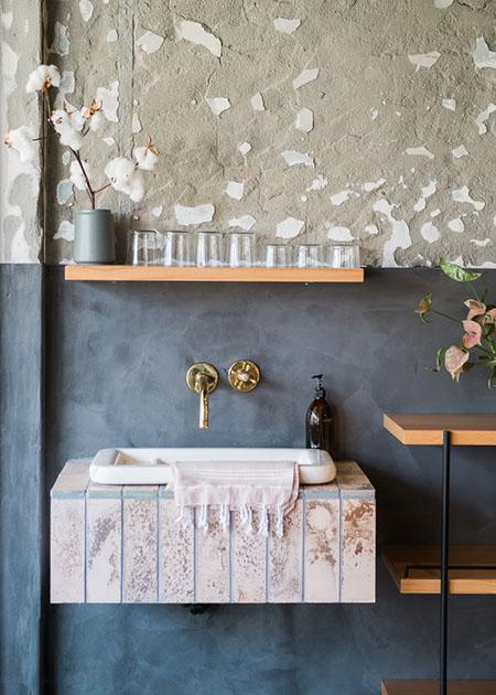 Дизайн интерьера ванной комнаты - штукатурка + покраска