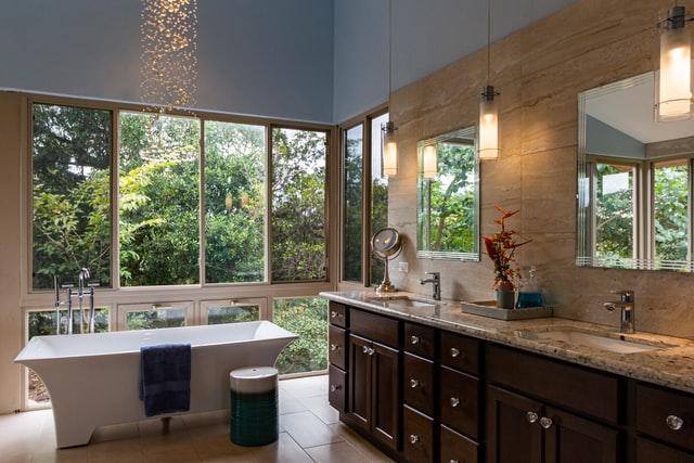 Дизайн интерьера ванной комнаты в итальянском стиле